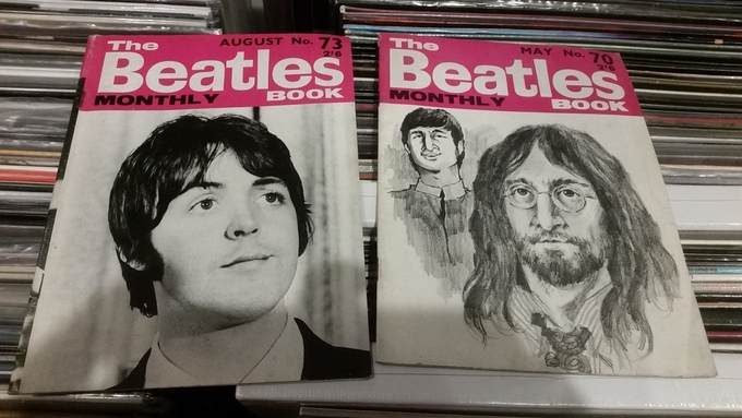 Beatle monthly & pop weekly mags